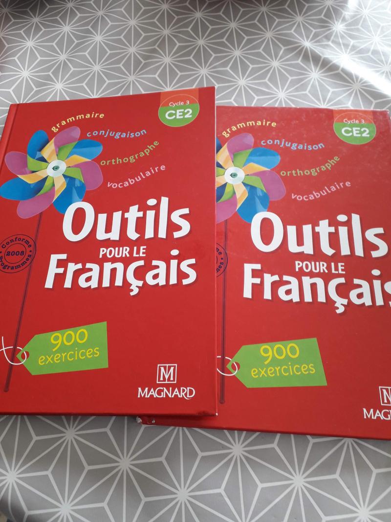2 manuels outils pour le français ce2